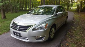 2013 Nissan Altima with 151k Miles~Clean Title~Drives and rides well