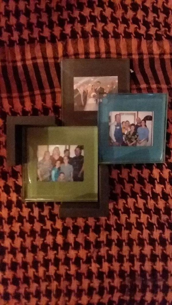 4 Glass picture frame coasters (Arts & Crafts) in Sulphur, LA - OfferUp