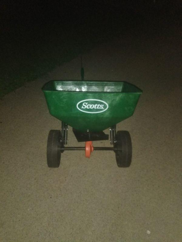 Scotts Pull Behind Spreader (Home & Garden) in Murfreesboro, TN ...