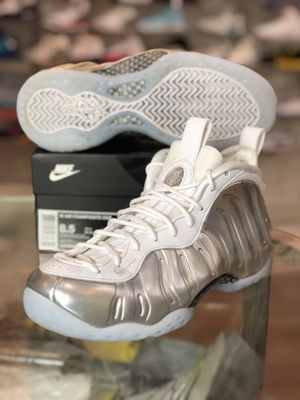 Chrome white foams size 7