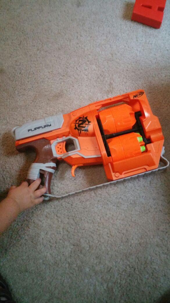 Zombie Strike Nerf Gun