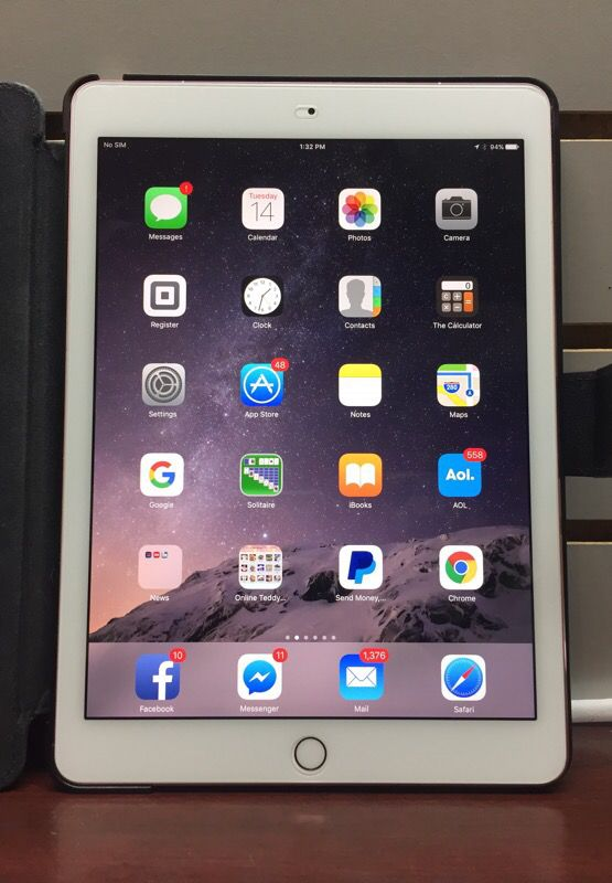 Verizon iPad Pro MLYR2LL/A Rose Gold w/ Case