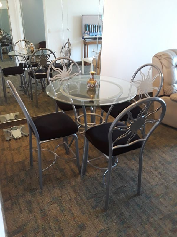 DINING ROOM TABLE HIGH TOP PUB NEW CONDITION