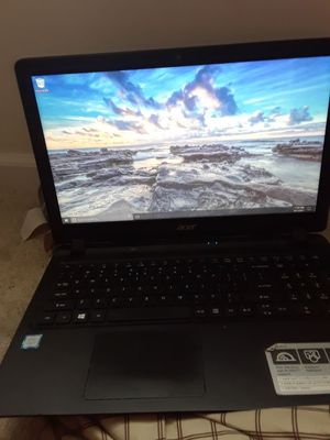 acer laptop/ good condition comes with charger and everything