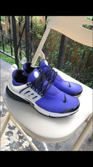 Nike Air Prestos - Size 10