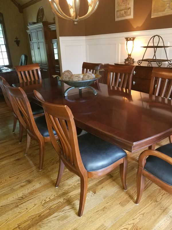 Bernhardt Paris Collection Dining Room And Buffet Server
