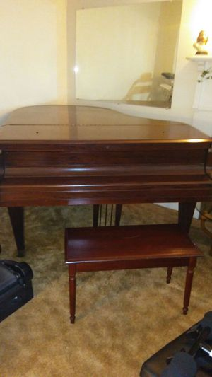 1925 Baby Grand Piano