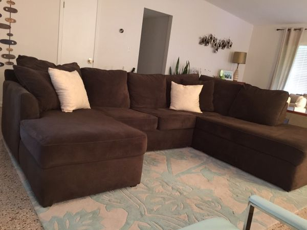 Kevin Charles Espresso Sectional Sofa Furniture in Altamonte