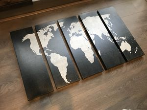 Etsy canvas 5 piece picture set, world map[LIKE New]