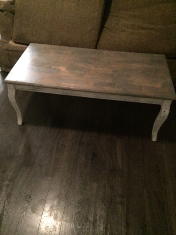 Weathered wood coffee table furniture in auburn wa for Furniture auburn wa
