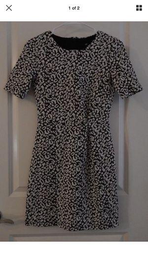 NWOT Women's H&M patterned Dress Size 4