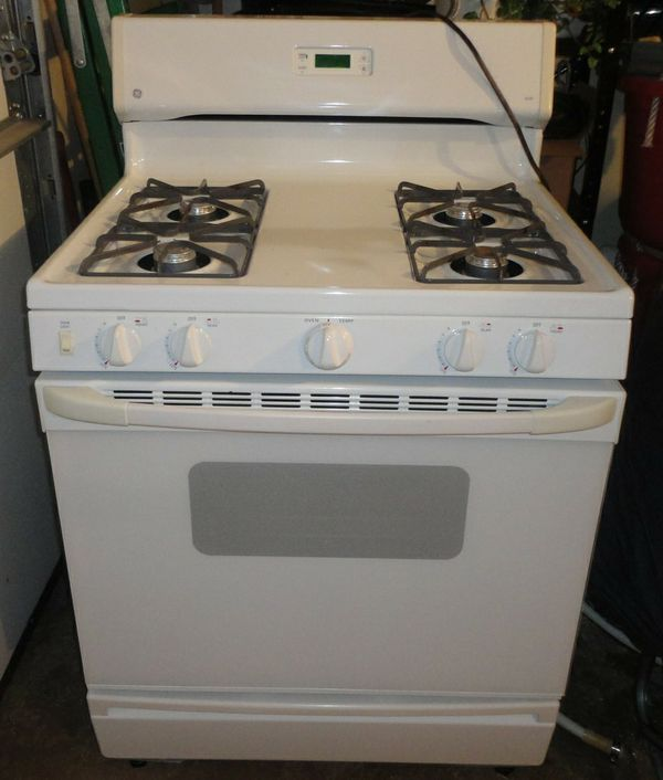 GE XL44 Gas Stove Appliances in Las Vegas NV