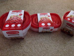 ** 3 Sets of Rubbermaid Take Alongs containers for food. Please See All The Pictures