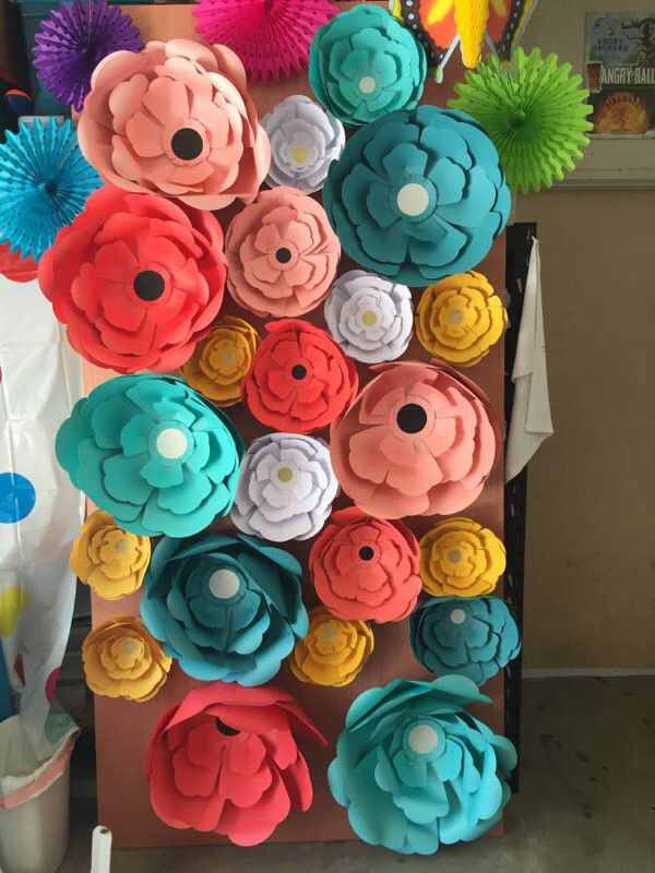 Large paper flowers for backdrop etc home garden in pacifica large paper flowers for backdrop etc home garden in pacifica ca offerup mightylinksfo