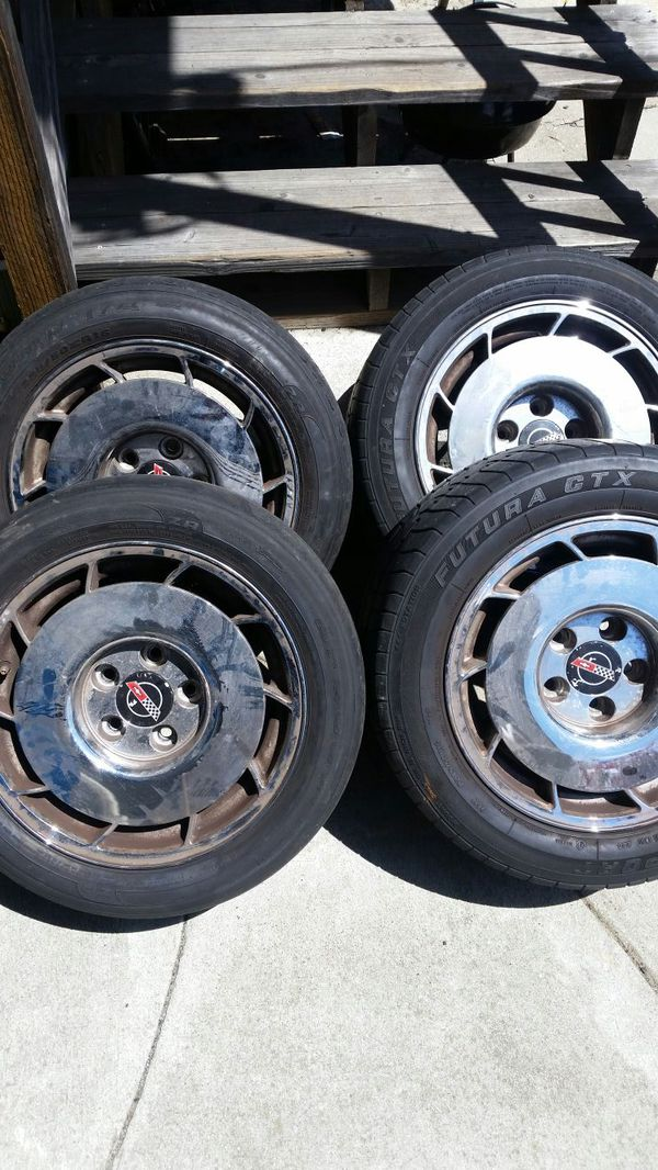 I have a set of Corvette rims that came off of a old school Corvette ...