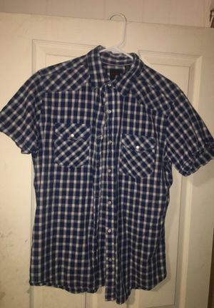 Button up - Size M