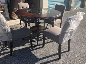 Brand New 5 Piece Dining Table Set