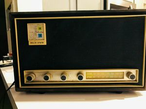 Sears vintage FM/AM radio and it is working
