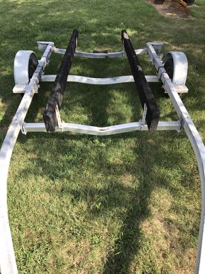Used boat trailer good condition