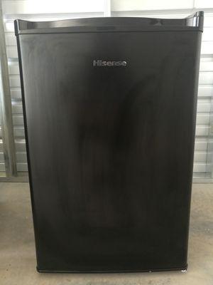 Hisense Mini Fridge 2.7 cu ft