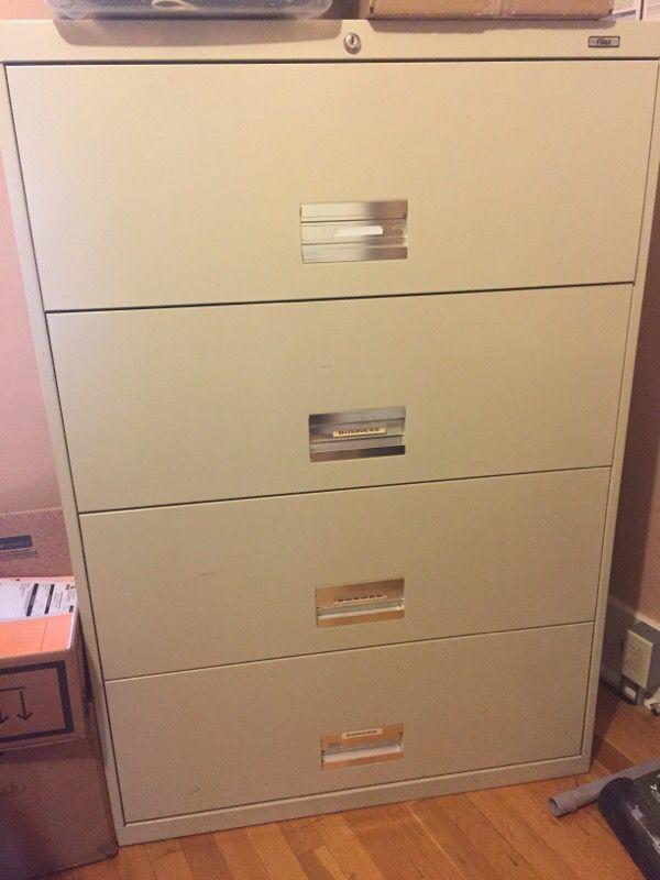 Large 4 drawer file cabinet furniture in auburn wa for Furniture auburn wa