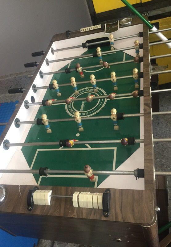 Vintage Bar style foosball: Quarter Million Dollar Game. TRADE PS4