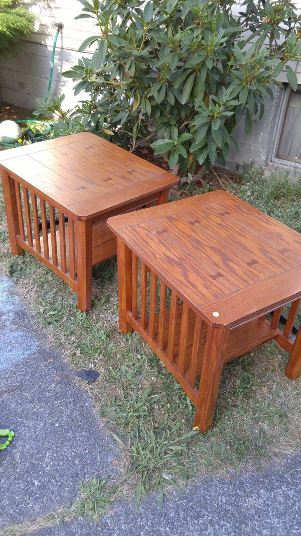 2 End Tables Furniture In Seattle Wa Offerup