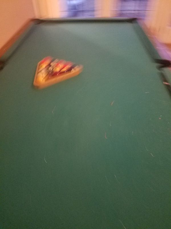 Pool Table As Is Bottom Legs Need To Be Tighten And No - Pool table pick up