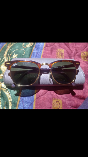 Authentic Clubmaster Ray Ban