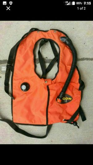 Dacor Buoyancy Compensator Self-Inflating CO2