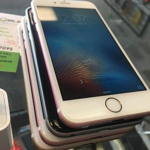IPHONE 6s HAVE IN MULTIPLE COLORS!!!