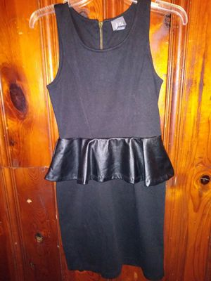 Size 5 skin tight Black Dress