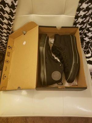 Brand new converse in black size 8 in box. Lawrenceville Ga