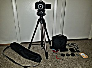 CANON 750D VIDEO AND PHOTO DSLR TOUCHSCREEN BUILT IN WIFI AND BLUETOOTH