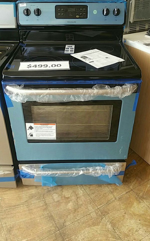 Brand new frigidaire stainless steel glass top stove Appliances in
