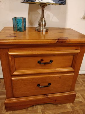 Like new solid wood night stand with big drawers in very good condition, all drawers sliding smoothly,