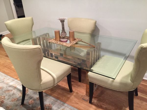 Glass dining table furniture in chicago il offerup for Furniture 60618
