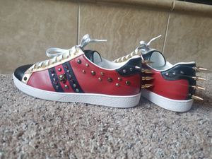 Gucci Spiked sneakers