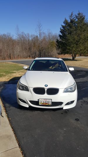 08 BMW 528xi (all wheel drive)