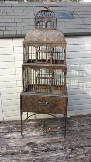 Large 3 tier stand alone birdcage bird cage