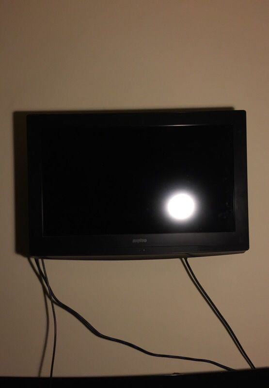 32 inches flat screen tv