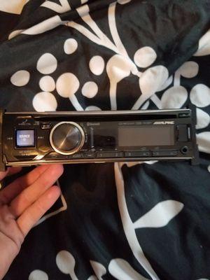alpine radio with Bluetooth