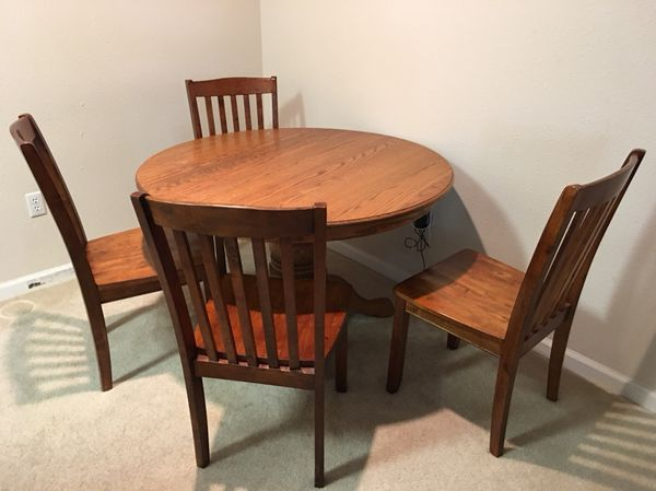 Solid Wood Dining Table With 4 Chairs Furniture In Omaha NE