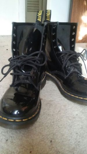 Dr.Marten Black boots size 7 mens /size 9 womans. Still like new!! $80 Cash only no trades. Buyer must come to me