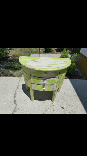 Gorgeous antique distressed table