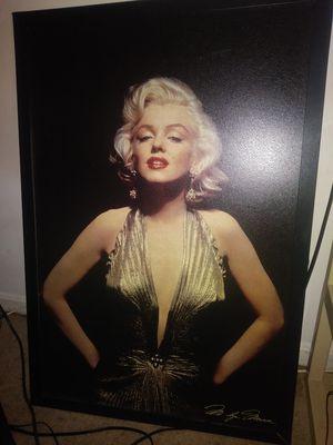 Marilyn Monroe wall photo