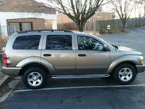 2004 Durango !!!!Only 83,000miles clean inside & out needs nothing but a good family to ride around.