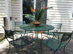 Vintage Mid Century Wrought-iron Patio set