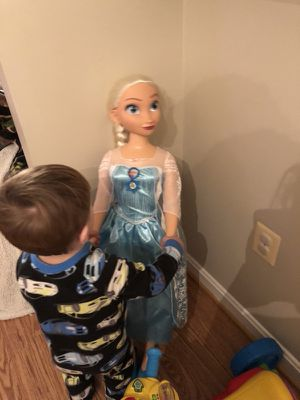 Lifesize Elsa doll