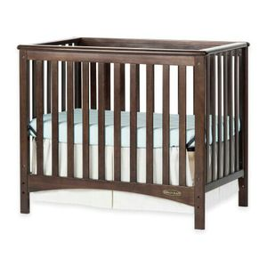 Child Craft™ London Euro 2-in-1 Convertible Mini Crib